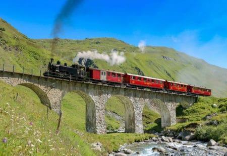 Dampfbahn Furka Bergstrecke mit Galliker Ballwil CarReisen