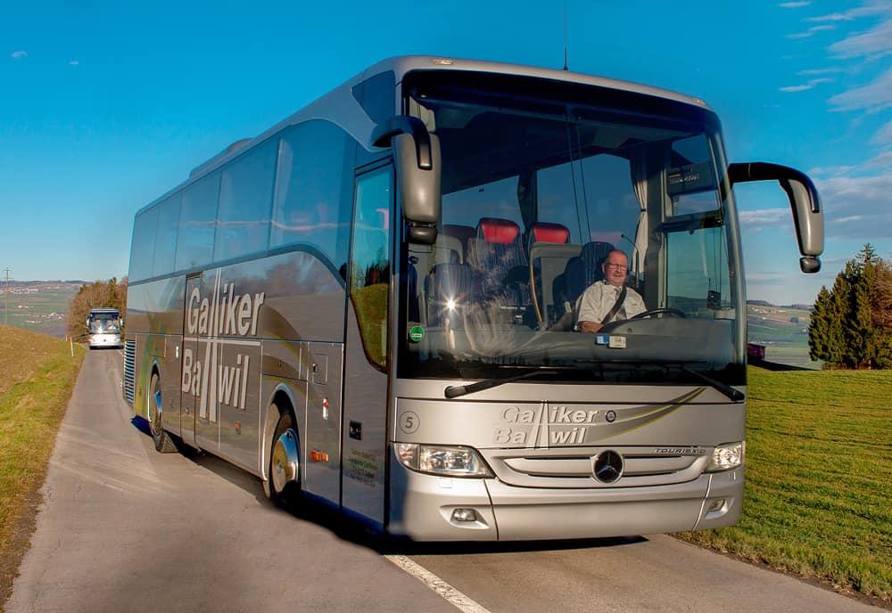 Mercedes Toursimo 51-Plätzer 2 - Galliker Ballwil AG CarReisen