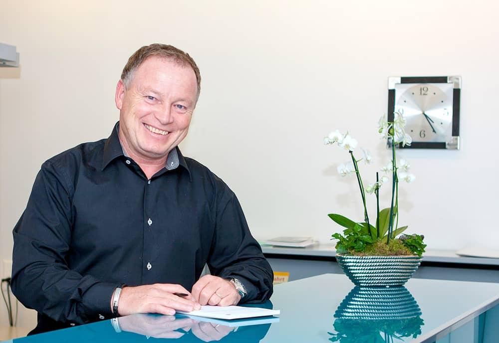 Ruedy Bolliger Büro Galliker Ballwil AG - CarReisen