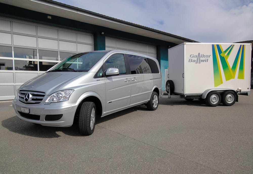 Mercedes Viano 7-Plätzer Mit Anhänger Galliker Ballwil AG CarReisen