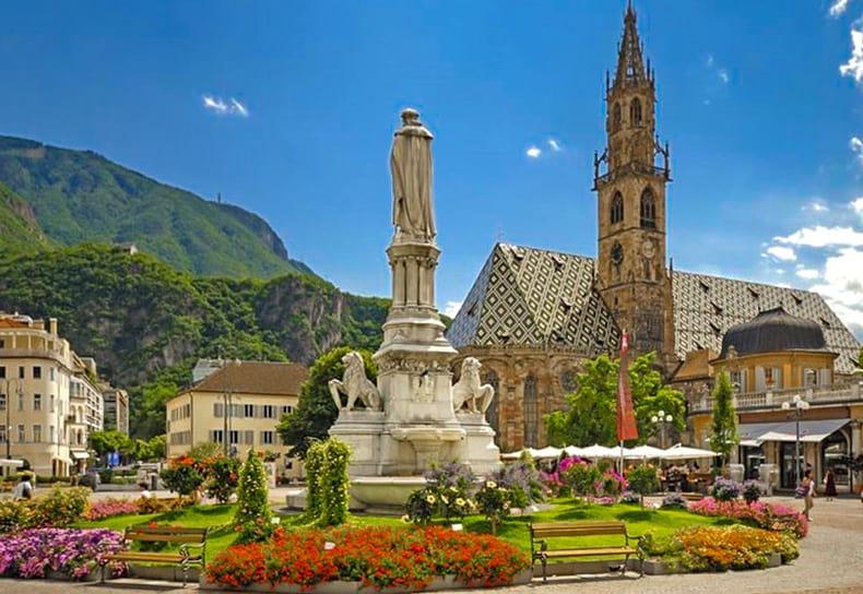 Bozen Im Südtirol Mit Galliker Ballwil AG CarReisen