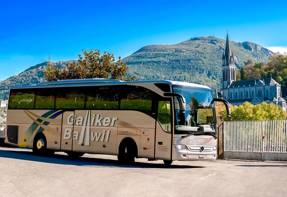 Mercedes Toursimo 47-Plätzer In Lourdes - Galliker Ballwil AG CarReisen