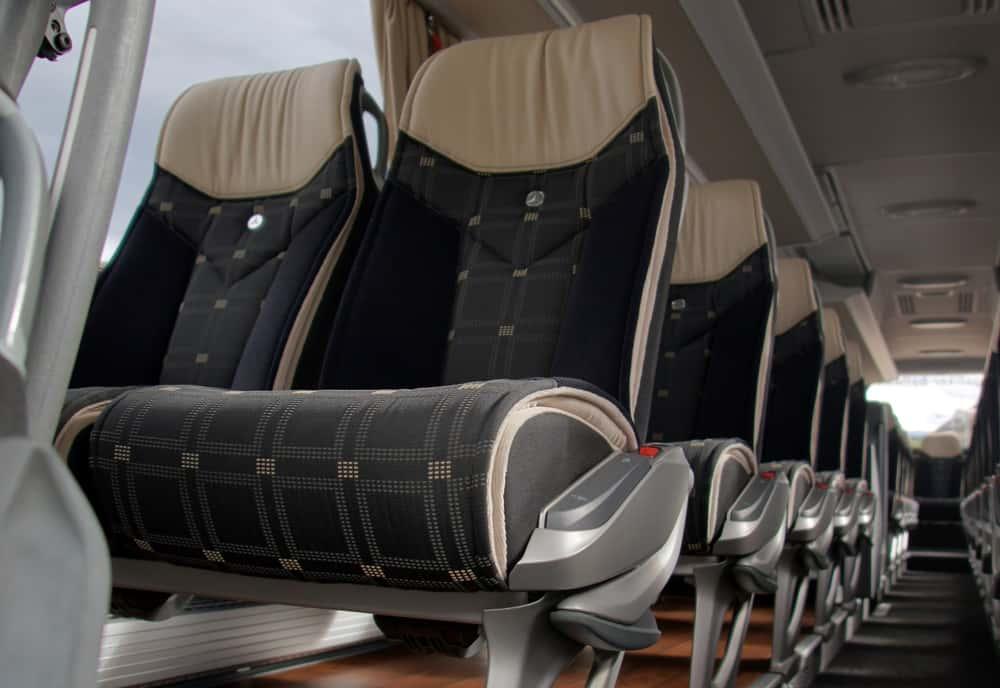 Sitze, Mercedes Toursimo 47-Plätzer - Galliker Ballwil AG CarReisen
