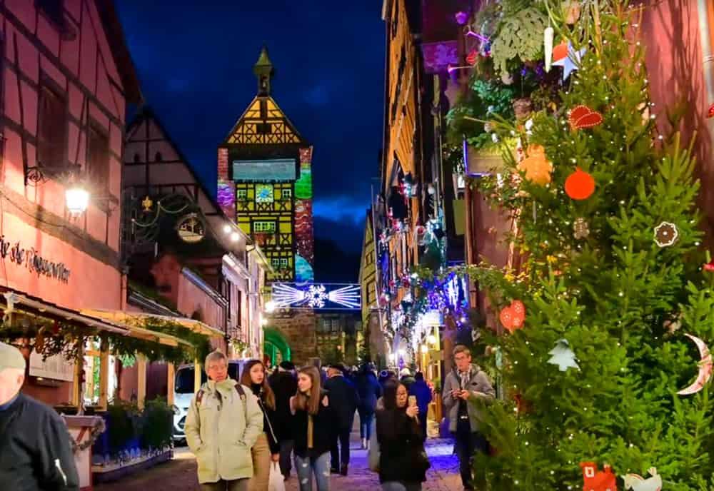 Weihnachtsmarkt Riquewihr Mit Lichterspektakel Im Elsass - Mit Galliker Ballwil AG, CarReisen